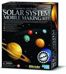 JUEGO 4M SOLAR SYSTEM MOBILE MAKING KIT